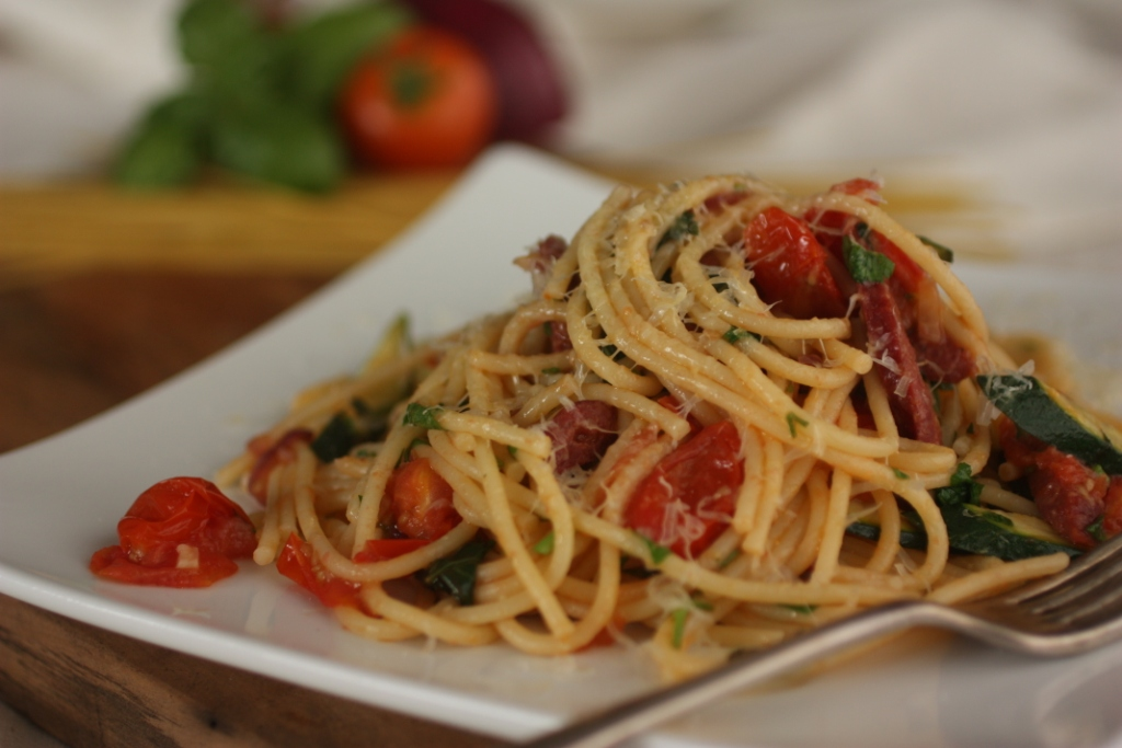 chorizo and cherry tomato spaghetti
